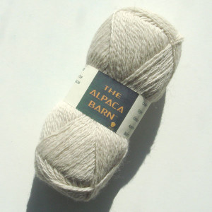 Alpaca yarn in winter white 2ply shetland weight