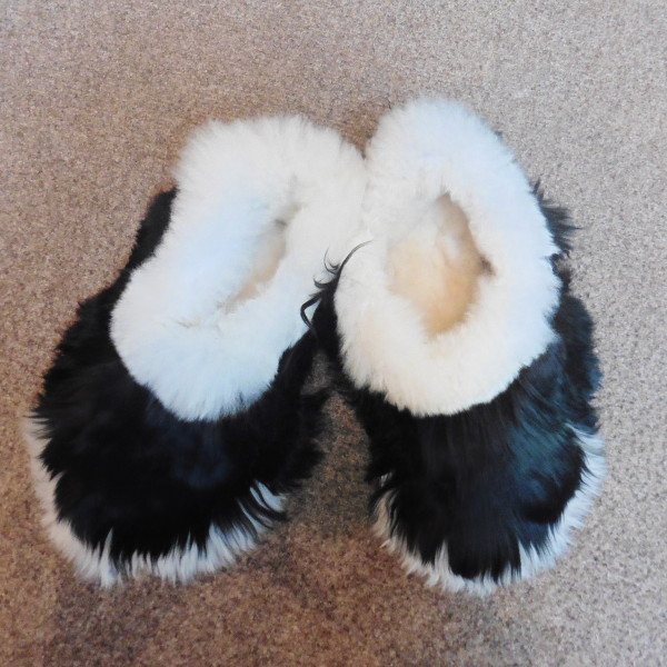 9a5fe1391429 Alpaca Fur Slippers (P1010963) - Alpaca Barn Alpaca Clothing and ...